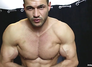 fetish,hunk,muscle,solo Drink my Alpha...