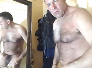 coach;big-cock;hairy-cock;cum;cum-eating;muscle;bear;exhibitionist;perv;daddy,Daddy;Muscle;Gay Massivecoach...