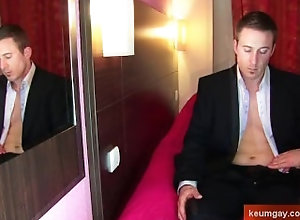 keumgay;massage;gay;hunk;jerking-off;huge-cock;dick;straight-guy;serviced;muscle;cock;get-wanked;wank,Massage;Muscle;Gay Handsome str8...