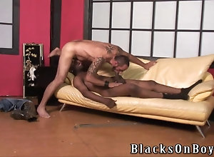 bareback,blowjob,hardcore,interracial,gay Bearded guy does...