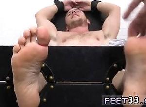 fetish;gay;gay-sex;gay-porn;feet;foot;toe,Euro;Fetish;Gay Fat on strong gay...