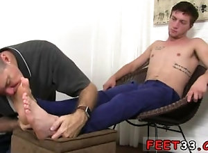 fetish;gay;gay-sex;gay-porn;feet;foot;toe,Gay;Cumshot;Feet A foot long black...