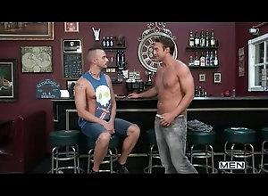 gay,homo,gay guy gets serviced...