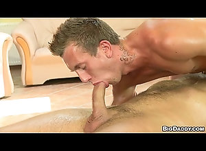 gay,massage,muscle,bareback,daddy,gay [RH-BD] Euro...