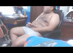 gay,desnudo,yo,rico,caliente,masturbacion,verga,leche,boxer,esperma,eyaculacion,huevos,mecos,jalando,cabeza,gay Jalandome la...