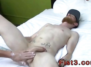 amateur;fist;fisting;daddie;gay-sex;trimmed;gay-porn;cut;in-the-bedroom,Black;Euro;Gay Self fist tgp and...