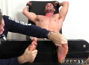 fetish;gay;gay-sex;gay-porn;feet;foot;toe,Latino;Fetish;Gay Feet boy porno...