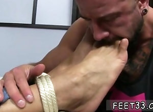 fetish;gay;gay-sex;gay-porn;feet;foot;toe,Group;Gay;Feet Mature male feet...