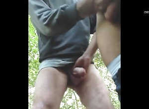 daddy;public;amature;outdoors;outside;jerking-off;big-dick;homemade;old;old-young;mature;anal-play;fingering;close-up;solo-male;masturbation,Daddy;Gay;Public outdoor sex 2