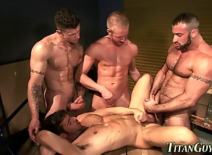 anal,cumshot,hardcore,group Well hung gay...