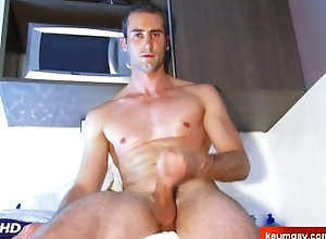 keumgay;massage;gay;hunk;jerking-off;huge-cock;dick;straight-guy;serviced;muscle;cock;get-wanked;wank,Muscle;Big Dick;Gay My cock goes hard !