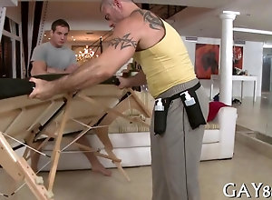 blowjob,hardcore,gay,massage Old masseur with...