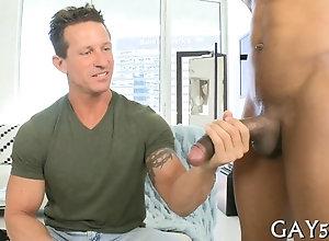 big cock,blowjob,hardcore,sucking,black,gay sucking a cock...