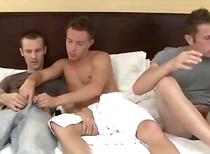 Gay,Gay Threesome,gay,threesome,handjob,blowjob,bed,gay porn Holden, Jay, and...