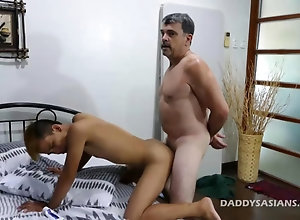 fucking,gay,masturbation Daddy Barebacks...
