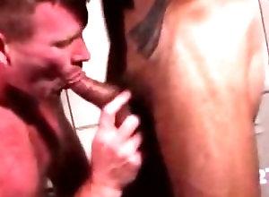 Gay,Gay Bear,Gay Muscled,Gay Blowjob,Gay Daddy,gay,bear,daddies,blowjob,muscled,tattoo,face fucking,locker room,gay porn,men Mature Gay...