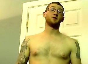 Gay,Gay Amateur,Nick,blowjob,amateur,glasses,tattoo,average dick,short hair,american,men,gay,gay porn Curious Nick Gets...