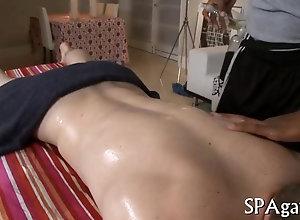 blowjob,hardcore,gay,massage Tattooed masseur...