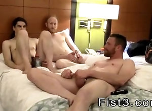 large-dick;amateur;gay-porn;fetish;fisting;bareback;kissing;gay-sex;orgy,Bareback;Blowjob;Gay Hot sex photo...
