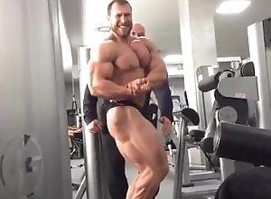 bodybuilder;muscle;posing,Muscle;Solo Male;Gay Milan S posing...