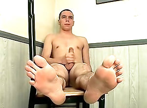 Gay,Gay Feet/Foot Fetish,Gay Masturbation Solo,tygger,solo,masturbation,foot fetish,brown hair,short hair,young men,cum jerking off,american,large dick,gay Straight Boys...