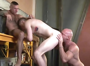 Gay,Gay Muscled,Gay Threesome,Gay Kissing,gay,threesome,muscled,tattoo,men,blowjob,kissing,rimming,bear,gay porn Chad Brock with...