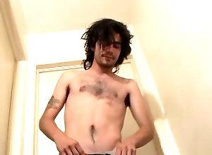 Gay,Gay Masturbation Solo,devin reynolds,solo,hairy,masturbation,long hair,average dick,young men,cum jerking off,american,gay Hairy Devin Busts...