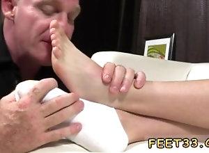 european;fetish;gay;gay-sex;gay-porn;feet;foot;toe,Bareback;Euro;Gay;Feet All white males...