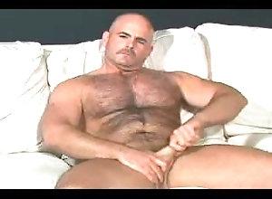 solo;bear,Solo Male;Gay;Bear bear jerking
