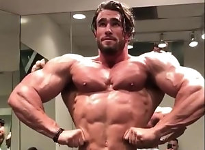 muscle;flex;bodybuilder;hot;sexy;stud;hunk,Muscle;Gay;Hunks Guy Flexing Huge...