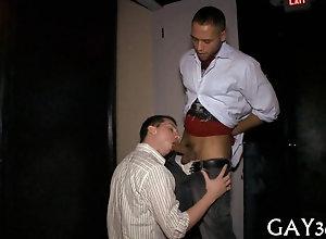 blowjob,hardcore,public,gay Young guy kneels...