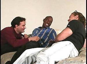 blowjob,hardcore,interracial,ebony,gay,threesome Middle aged kinky...