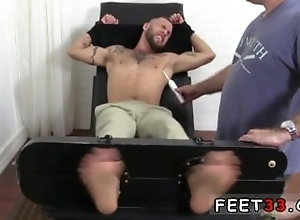 big-cock;fetish;gay;gay-sex;gay-porn;feet;foot;toe,Big Dick;Gay;Feet Furry foot job...