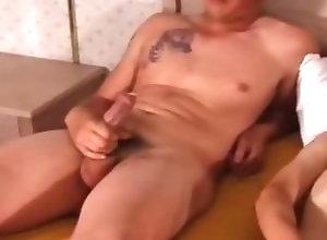 Gay,Gay Threesome,Gay Masturbation,gay,threesome,large dick,average dick,young men,masturbation,tattoo,hairy,bedroom Three Twinks...