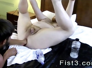 trimmed;brown-hair;fist;gay;cut;ass-play;gay-porn;fisting;daddie,Euro;Blowjob;Gay Pinoy gay fisting...
