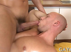 blowjob,fucking,hardcore,sucking,doggystyle,gay,massage,oil hunk is on all...