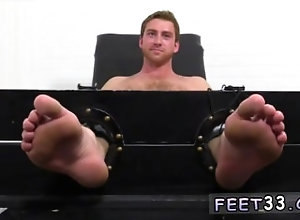 fetish;gay;gay-sex;gay-porn;feet;foot;toe,Bareback;Gay;Feet Teen boy black...
