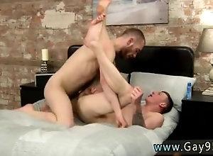european;gay;masturbation;young-men;ass-play;short-hair;gaysex;rimming;anal;kissing,Euro;Gay;Creampie Men eating other...