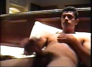 big-cock;macho-mexicano;latino;straight;big-dick;masturbation,Solo Male;Big Dick;Gay;Handjob EL sAMMY's...