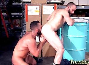 gay,masturbation,rimjob Ripped hunk cum...