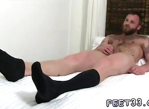 fetish;gay;gay-sex;gay-porn;feet;foot;toe,Gay;Cumshot;Feet Young small gay...
