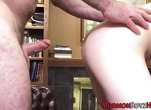 bareback,cumshot,bear,masturbation Bear ass fucks...
