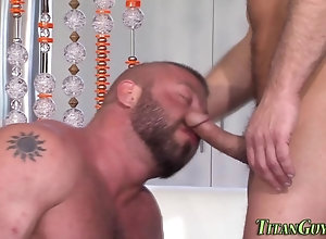 blowjob,hardcore,bear,masturbation Hung hunk cum...