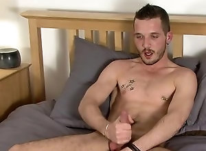 Gay,Gay Masturbation Solo,Gay Hunk,brian lost,solo,masturbation,brown hair,short hair,young men,cum jerking off,in the bedroom,european,hunk,gay Portuguese Hottie...