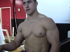 pumping-muscle;muscle;posing,Solo Male;Gay pumping muscle Derek